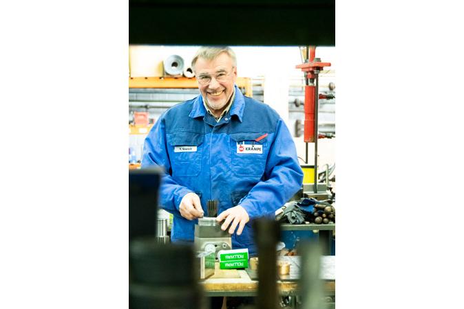 Mitarbeiter der Produktion - Krampe GmbH & Co. KG, Hamm - Fördertechnik, Gewinnungstechnik, Maschinenbau